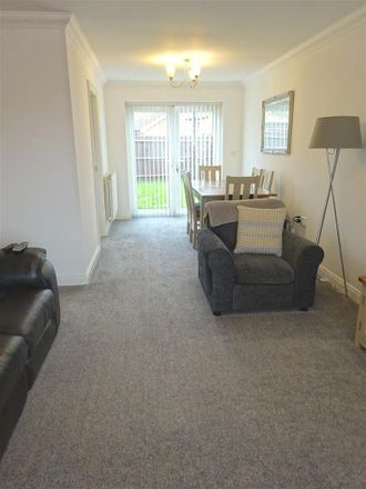 Rent this 3 bed house on Lodge Hill Lane in Chattenden ME3 8NW, United Kingdom