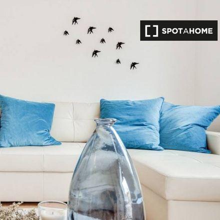 Rent this 1 bed apartment on O Tachinho in Rua do 4 de Infantaria, 1350-011 Campo de Ourique