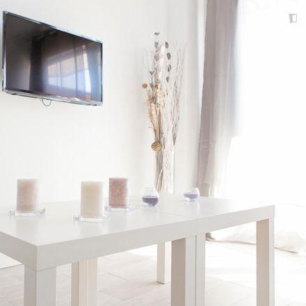 Rent this 0 bed apartment on Avenida de Benalmádena in 29260 Torremolinos, Spain