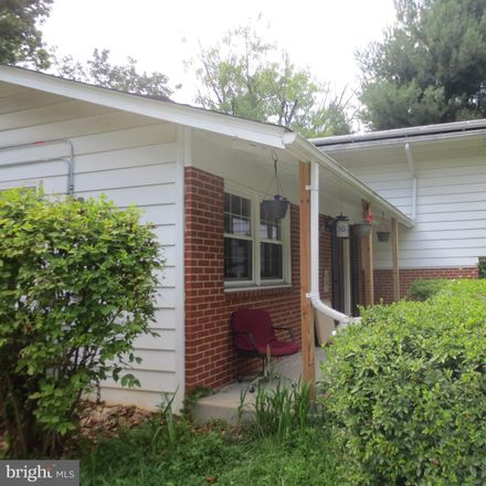 Rent this 4 bed house on 3214 Plantation Pkwy in Fairfax, VA 22030