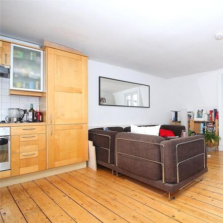 Rent this 3 bed apartment on 20 Offord Road in London N1 1DJ, United Kingdom