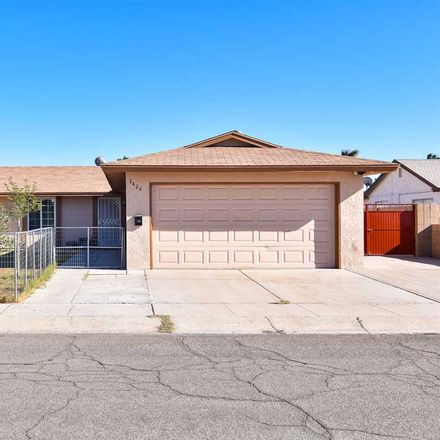 Rent this 3 bed house on 2424 South Louise Avenue in Yuma, AZ 85365