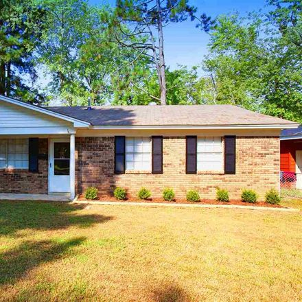 Rent this 3 bed house on 221 Janice Street in Jacksonville, AR 72076