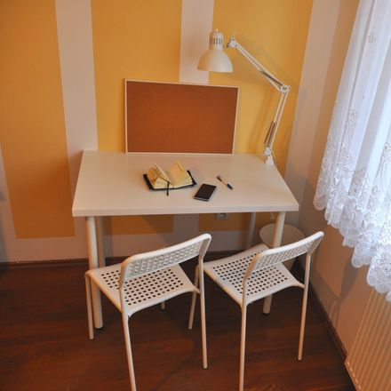 Rent this 5 bed room on Zielona 4 in 40-756 Katowice, Polonia