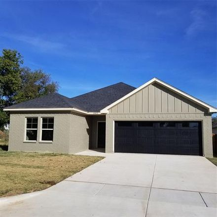 Rent this 3 bed house on 1412 Lexington Street in Weatherford, TX 76086