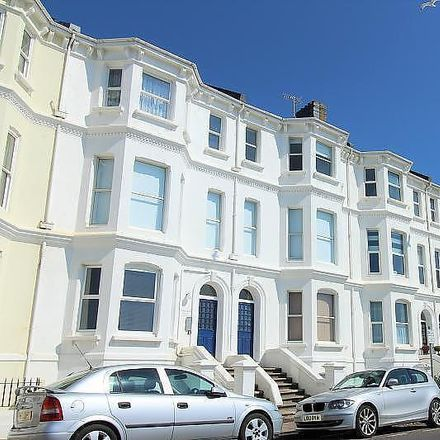Rent this 1 bed apartment on Marine View in Marine Parade, Worthing BN11 3QG