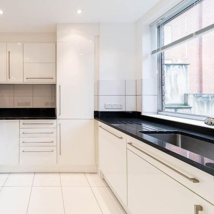 Rent this 4 bed house on 30 Norfolk Crescent in London W2 2YS, United Kingdom