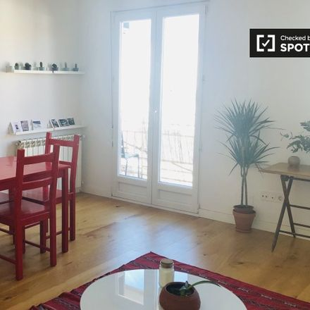 Rent this 2 bed apartment on Calle de Alonso de Heredia in 26, 28028 Madrid