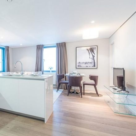 Rent this 3 bed apartment on 4 Merchant Square in London W2 1DP, United Kingdom