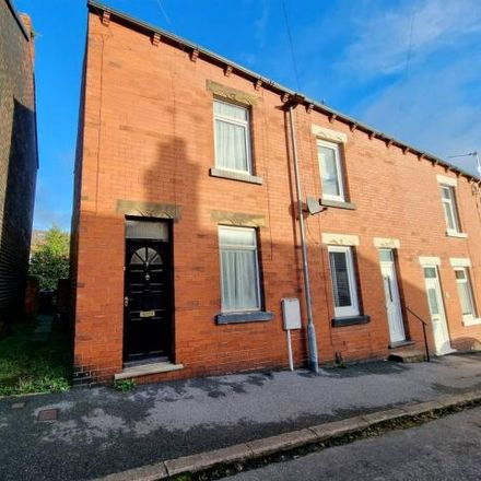 Rent this 2 bed house on Alan Road in Darton, S75 5HQ