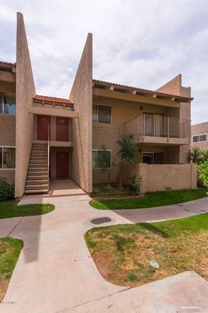 Rent this 2 bed apartment on Tower Plaza Shopping Center in East Thomas Road, Phoenix