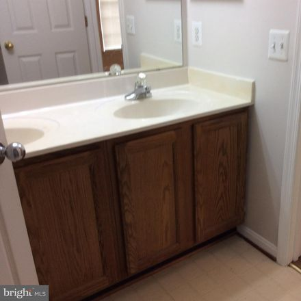 Rent this 3 bed townhouse on Edge Creek Ln in Odenton, MD