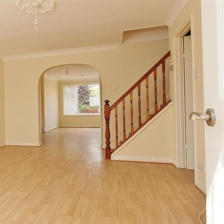 Rent this 3 bed house on Oak Walk in Castle Point SS7 4SA, United Kingdom
