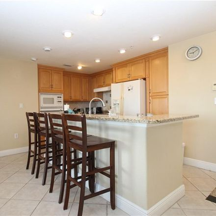 Rent this 3 bed condo on 700 North Osceola Avenue in Clearwater, FL 33755