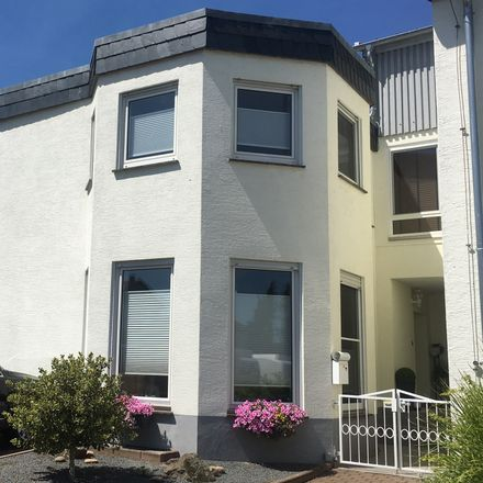 Rent this 4 bed duplex on Hesse