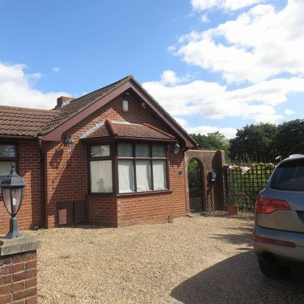 Rent this 4 bed house on Goldings Rise in Epping Forest IG10 2QP, United Kingdom