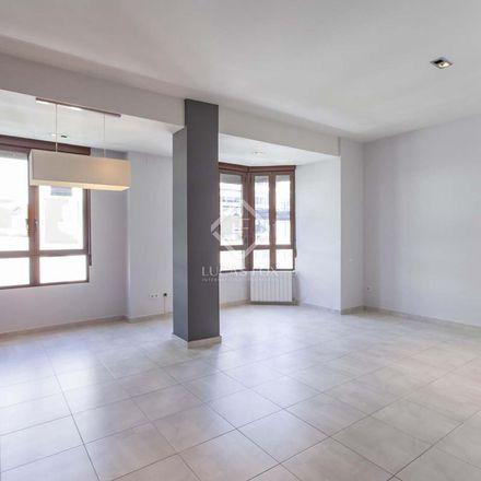Rent this 3 bed apartment on Hernán Cortés - Ciril Amorós in Carrer d'Hernán Cortés, 46004 Valencia
