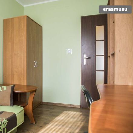 Rent this 2 bed room on Paderewskiego