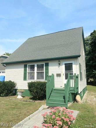 Rent this 2 bed house on 715 East 7th Street in Monroe, MI 48161