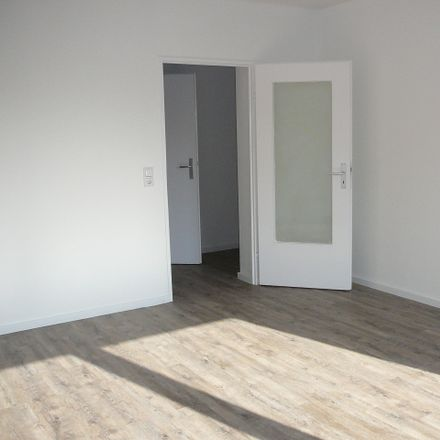 Rent this 2 bed apartment on Feldmark 53 in Wilhelmshaven, Germany