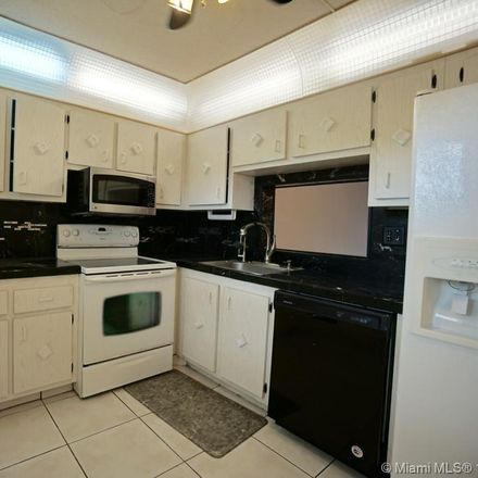 Rent this 2 bed condo on Lauderdale Dr in Key Largo, FL