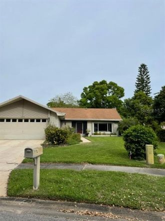 Rent this 2 bed house on Macdonnell Ct in Palm Harbor, FL