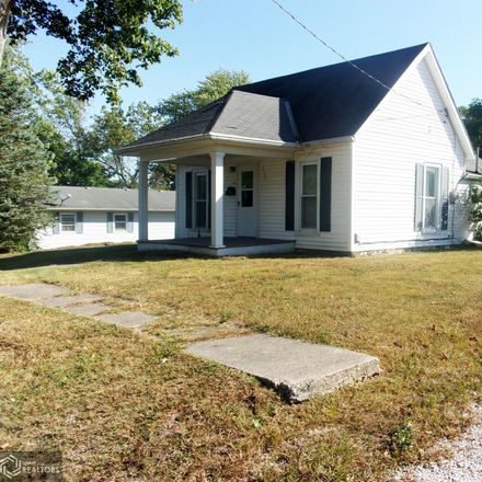 Rent this 2 bed house on S 1st St in Carthage, IL
