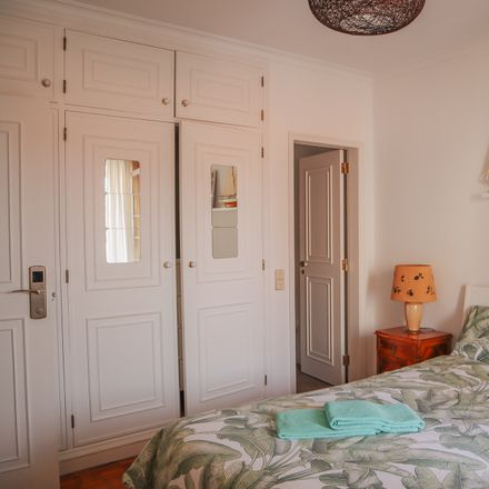 Rent this 12 bed room on R. Manuel Joaquim Gama Machado in 2750-642 Cascais, Portugal