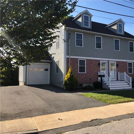 Rent this 2 bed house on 21 Reservoir Avenue in Bristol, RI 02809