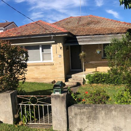 Rent this 2 bed house on 18 Perry Street