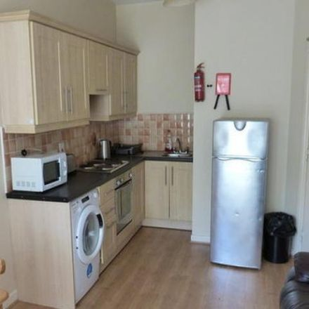 Rent this 3 bed apartment on Soprano's SubCity Pizzeria in Johnstown, Poleberry