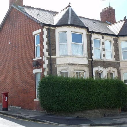Rent this 2 bed apartment on Grove Place in Penarth CF64 2LB, United Kingdom