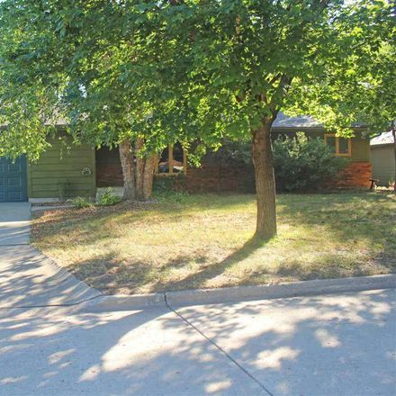 Rent this 3 bed apartment on 13th Avenue West in Spencer, IA 51301