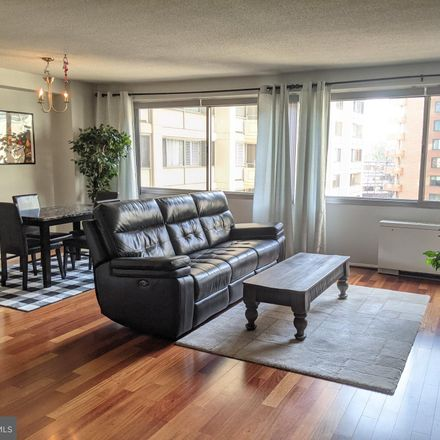 Rent this 1 bed condo on 4515 Willard Ave in Chevy Chase, MD