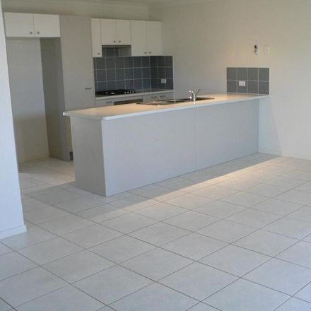 Rent this 3 bed townhouse on 03/20 Claudia Street