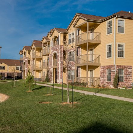 Rent this 3 bed apartment on 1170 North Linden Circle in Wichita, KS 67206