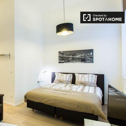 Rent this 0 bed apartment on Rue du Fossé aux Loups - Wolvengracht 47 in 1000 Ville de Bruxelles - Stad Brussel, Belgium