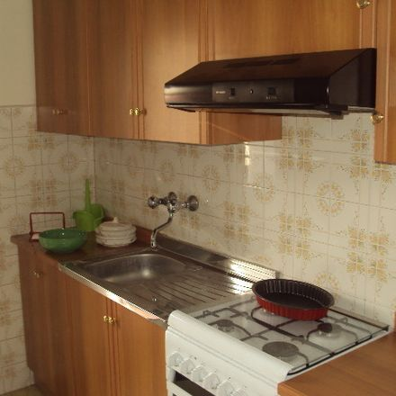Rent this 3 bed room on Via Galileo Ferraris in 95123 Catania CT, Italy