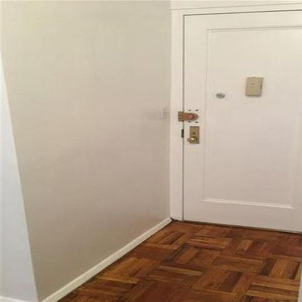 Rent this 1 bed condo on 550H Grand Street in New York, NY 10002