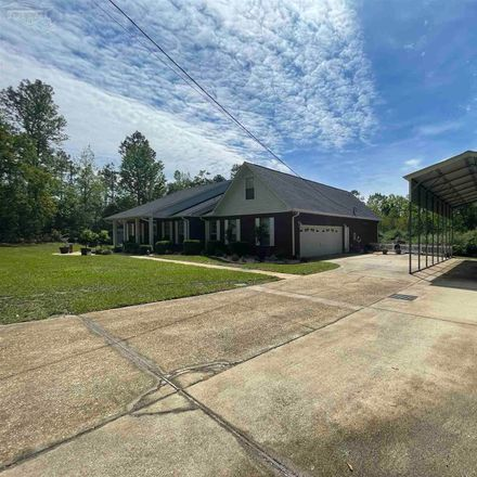 Rent this 4 bed house on 4811 Chestnut Rd in Molino, FL