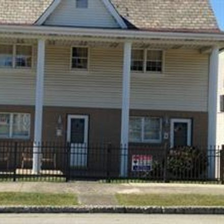 Rent this 1 bed apartment on N Gallatin Ave in Uniontown, PA