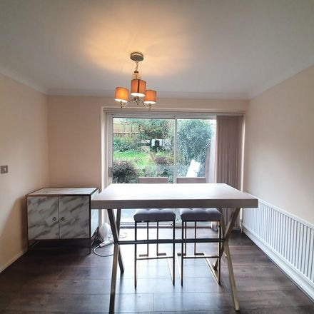 Rent this 3 bed house on Barnet Close in Oadby and Wigston LE2 5WA, United Kingdom