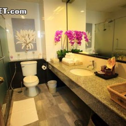 Rent this 2 bed apartment on The Motley House in Phaya Thai Road, Victory Monument