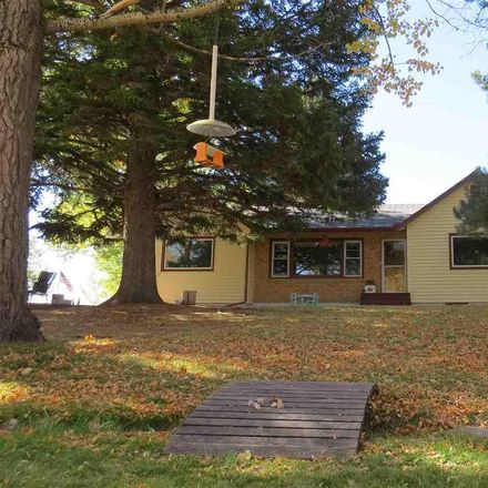 Rent this 3 bed house on Campbell Ln in Riverton, WY