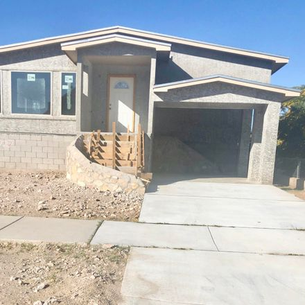 Rent this 3 bed apartment on 3727 Bliss Avenue in El Paso, TX 79903