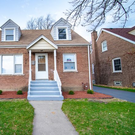 Rent this 3 bed house on 3926 West 104th Street in Oak Lawn, IL 60655