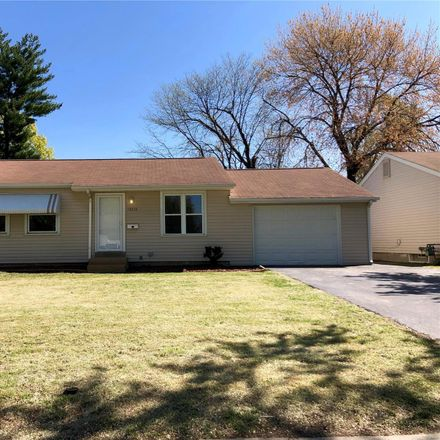 Rent this 3 bed house on 12216 Hillcrest Place in Maryland Heights, MO 63043