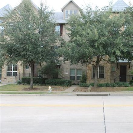 Rent this 3 bed condo on 528 Tuscan Drive in Irving, TX 75039