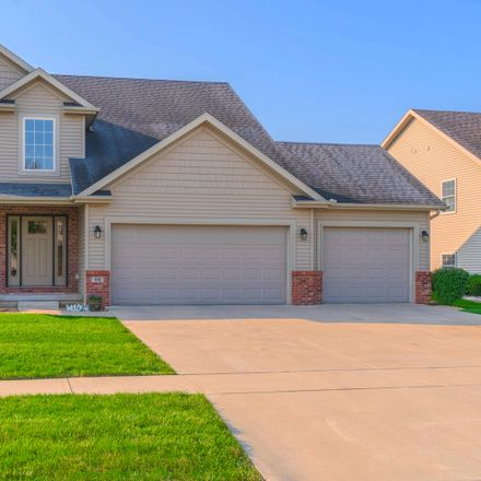 Rent this 4 bed house on 905 Dresser Drive in Normal, IL 61761