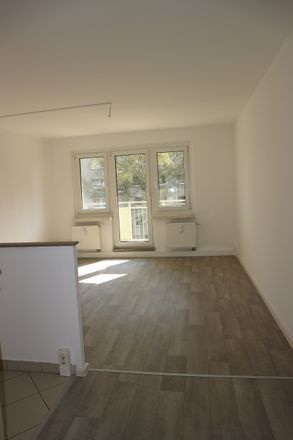 Rent this 3 bed apartment on Am Stadtpark 6 in 09120 Chemnitz, Germany